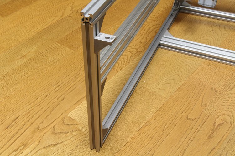 attaching right-angle brackets